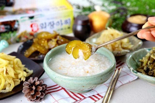단풍만나원_제품사진(울외장아찌).JPG